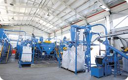 ROMCARBON SA investește 6,5 milioane de euro în producția de ambalaje rPET și în reciclarea materialelor plastice