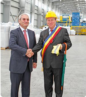 Primarul Alexandru Cristea împreună cu Mihai Sofian, directorul general al Rematholding SA