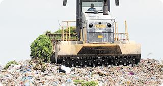 Producem puține deșeuri, dar reciclăm și mai puține