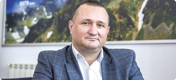 """Dragoş Călugăru: """"România ar trebui să-și schimbe modul de  ..."""